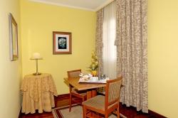 Sala de estar Suite (01)