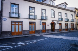 Exterior Hotel Camões (04)